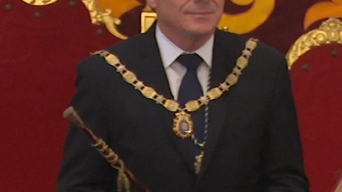 Eduardo De castro, toma posesión como presidente de la Ciudad