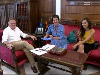 El presidente junto a Francesca Fritz, representante Acnur España
