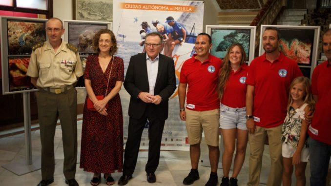 Las autoridades junto con miembros del Club Ánfora de Actividades Subacuáticas