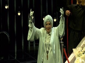 Concha Velasco durante la representación del 'El Funeral'