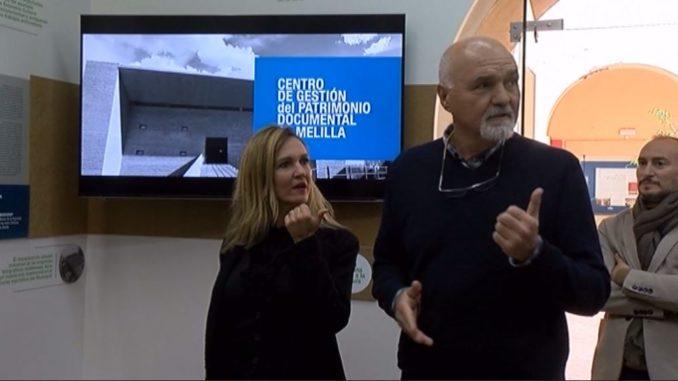 Elena Fernández Trevicño y Vicente Moga durante la presentación del zaguán