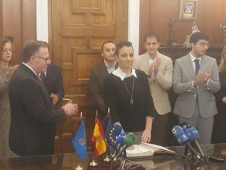 Dunia Almansouri, nueva consejera de Hacienda, Empleo y Comercio
