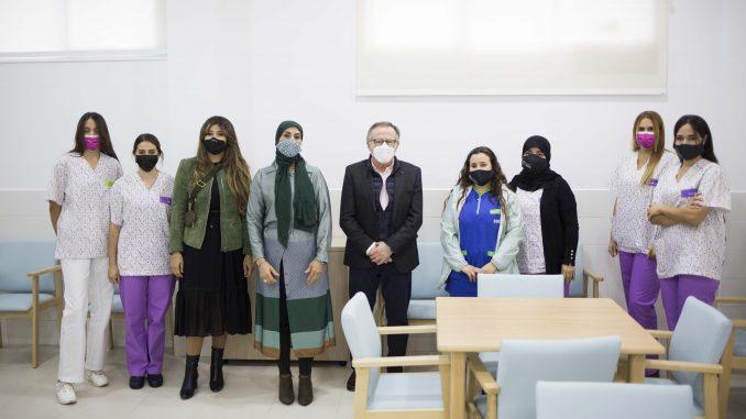 El presidente de Melilla y la viceconsejera con el nuevo equipo de trabajo